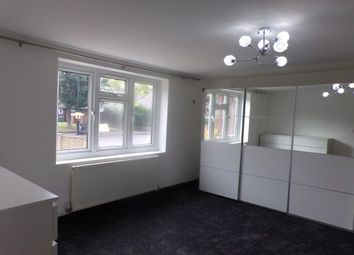 Thumbnail 2 bed flat to rent in Arundel Close, London