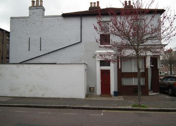 Thumbnail 4 bedroom flat to rent in Glyn Road, London