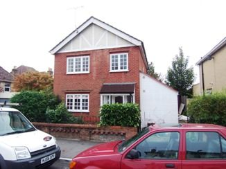 Thumbnail 3 bed detached house to rent in Queens Road, Parkstone, Poole