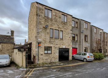 Thumbnail 2 bed town house for sale in Albert Terrace, Skipton