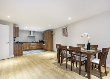 Thumbnail 2 bed flat to rent in Galaxy Building, Canary Wharf