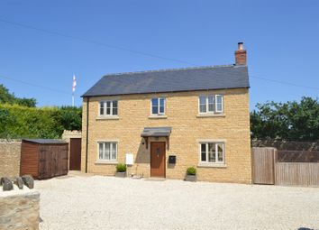 Thumbnail 3 bed property for sale in Burford Road, Chipping Norton