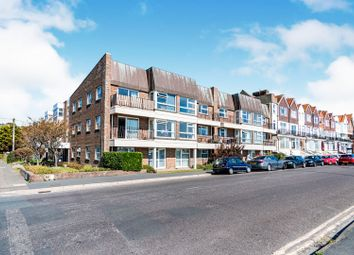 Thumbnail 2 bedroom flat to rent in St. Catherines Road, Littlehampton