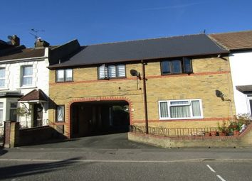 Thumbnail 1 bed flat to rent in Franklin Road, Gillingham