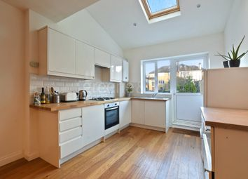 Thumbnail 3 bedroom flat to rent in Creighton Avenue, London