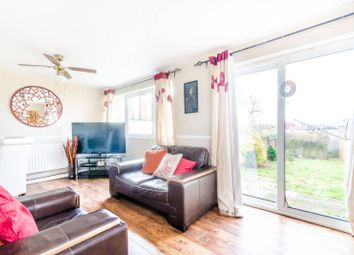 Thumbnail 4 bedroom property for sale in Kempton Walk, Shirley