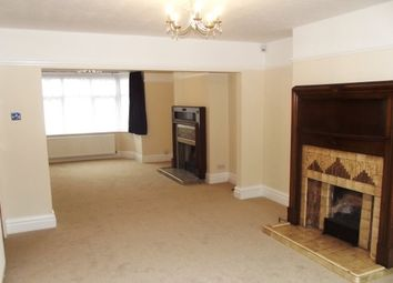 Thumbnail 3 bedroom property to rent in Cutenhoe Road, Luton