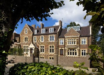 Thumbnail 3 bedroom flat for sale in Netherhall Gardens, Hampstead