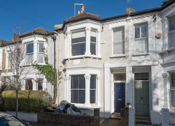 Thumbnail 2 bed flat to rent in Parma Crescent, Batersea, London