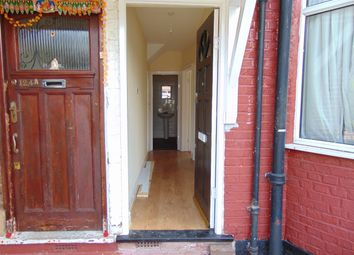 Thumbnail 1 bed flat to rent in Breamar Avenue, Neasden