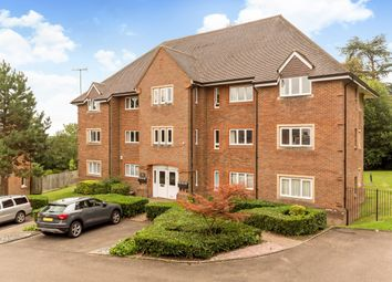 Thumbnail 2 bed flat to rent in Highacre, Dorking