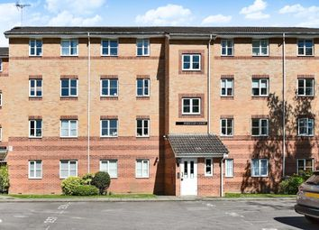 2 bed flat to rent in Priestley Court, Princes Gate HP13