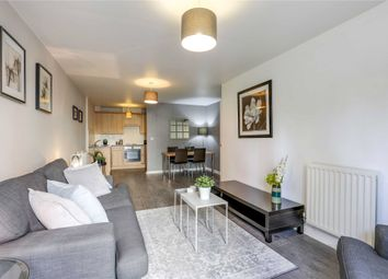 2 bed flat to rent in Malcolm Place, Caversham Road, Reading, Berkshire RG1