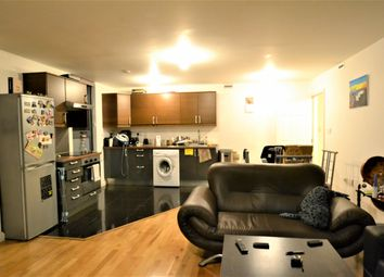 Thumbnail 2 bed flat to rent in Tyler Street, Greenwich
