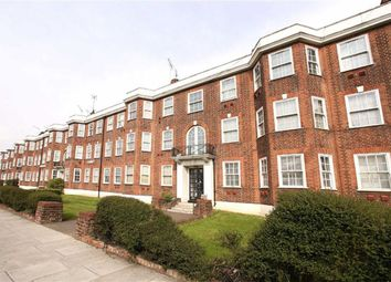 Thumbnail 3 bed flat to rent in North Circular Road, Temple Fortune