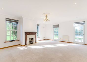 5 bed property to rent in Warren Road, Coombe, Kingston Upon Thames KT2