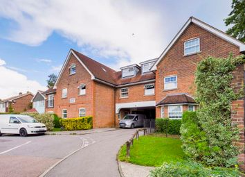 2 bed flat for sale in Brighton Road, Lower Kingswood, Tadworth KT20