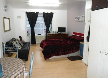 Thumbnail Studio to rent in Kingsley Road, Hounslow East, Hounslow, Middlesex