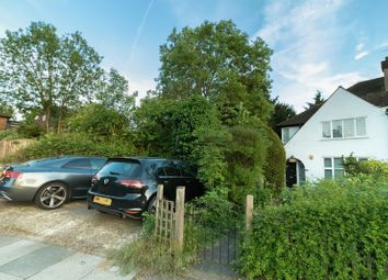 Thumbnail 2 bed flat for sale in Woodland Way, London