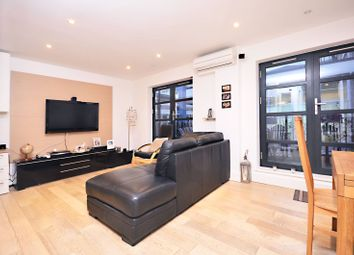 Thumbnail 1 bed flat to rent in Hatton Place, Holborn