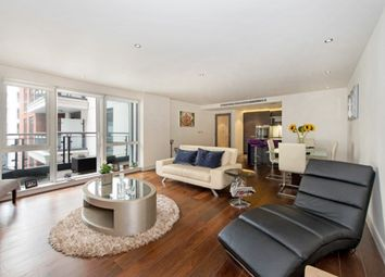 Thumbnail 2 bed flat to rent in Park Street, London