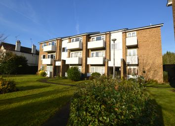 Thumbnail 1 bed flat to rent in Queens Road, Hersham