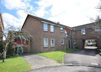 Thumbnail Studio to rent in Wyre Court, Tilehurst, Reading, Berkshire