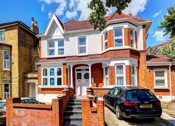 Thumbnail 2 Bed Flat To Rent In Wimbledon Park Road Southfields