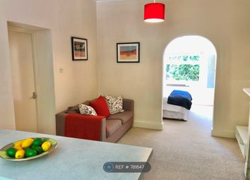 Thumbnail 1 bed flat to rent in Barnsbury Park, London