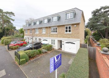 Thumbnail 5 bed property to rent in Ellesmere Road, Weybridge