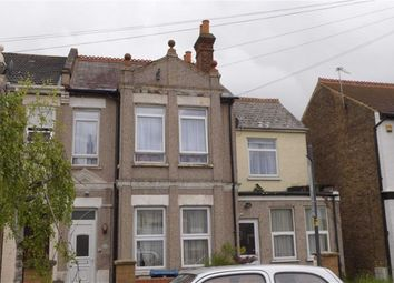 Thumbnail 2 bed flat for sale in Spencer Road, Harrow Weald, Middx
