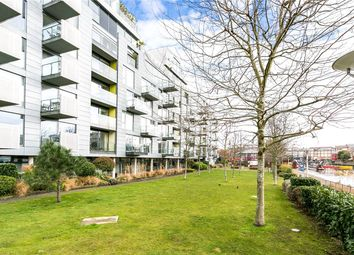 Thumbnail 2 bed flat for sale in Graham Street, London