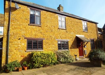 Thumbnail 2 bed cottage to rent in Bradford Court, Bloxham, Banbury