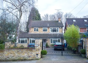 Thumbnail 4 bed detached house for sale in Oakleigh Park South, London