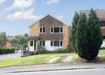 Deanfield Avenue, Henley-On-Thames, Oxfordshire RG9. 2 bed flat