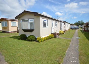 2 bed mobile/park home for sale in Meadow View Park, St. Osyth Road, Little Clacton, Clacton-On-Sea CO16