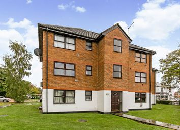 Thumbnail Flat for sale in Brighton Road, Horley