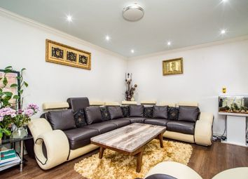 Thumbnail 6 bed detached house for sale in Great Hivings, Chesham