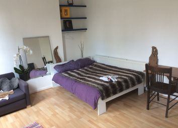 Thumbnail 1 bed flat to rent in Hassard St, Hoxton