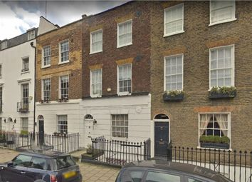 Thumbnail 4 bed flat to rent in Molyneux Street, London