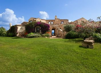 Thumbnail 8 bed villa for sale in Italy