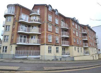 Thumbnail 2 bed flat to rent in Grantley Heights, Reading, Berkshire