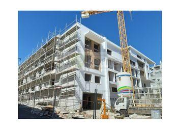 Thumbnail 3 bed apartment for sale in Carnaxide E Queijas, Oeiras, Lisboa