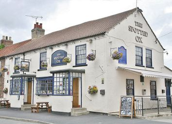 Thumbnail Pub/bar for sale in Westfield Road, Tockwith