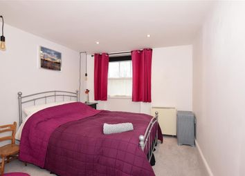 1 bed flat for sale in New Road, Rochester, Kent ME1