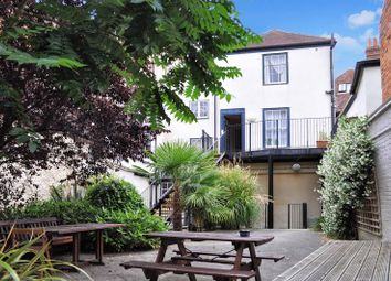 Thumbnail 2 bed flat for sale in Lombard Street, Abingdon