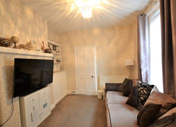 2 bed flat for sale in Mansfield Road, Poole BH14
