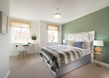 Thumbnail 3 bed detached house for sale in Caxton Close, Edenbridge