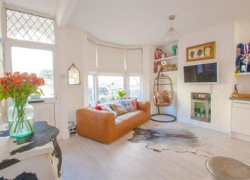 Thumbnail 2 bed flat for sale in Brading Road, Brighton