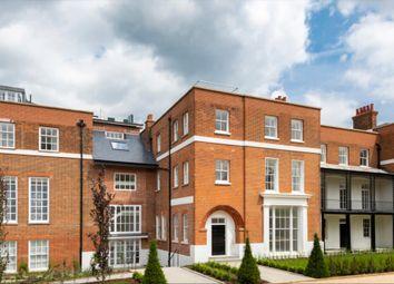 Thumbnail 4 bed flat to rent in The Ridgeway, London